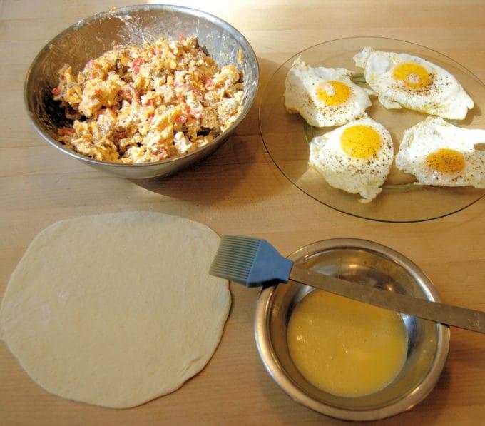 components for breakfast calzones