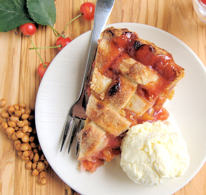 cherry pit ice cream with cherry pie