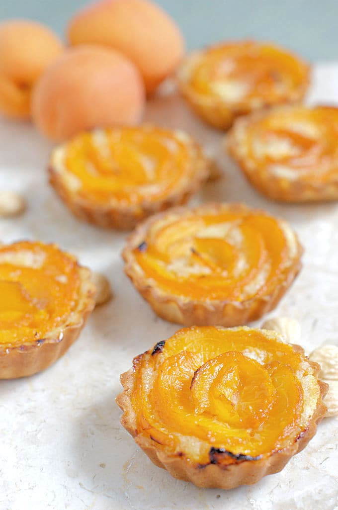 apricot frangipan tartlettes