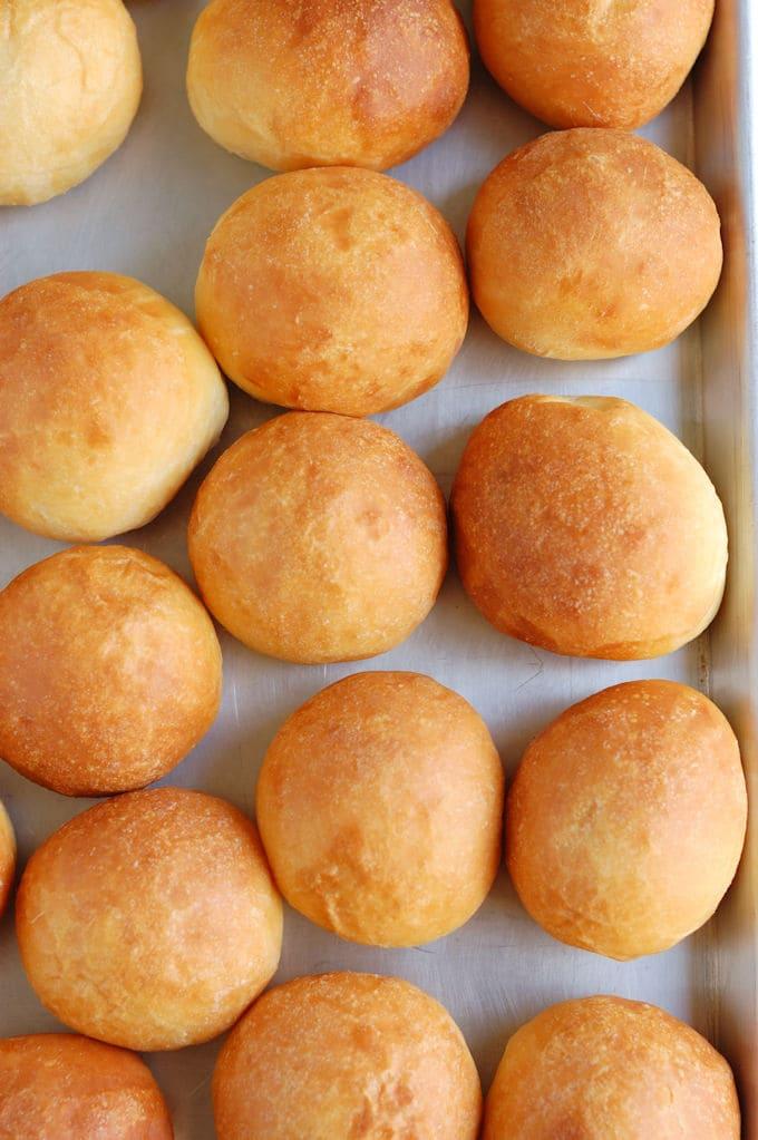 buttermilk dinner rolls
