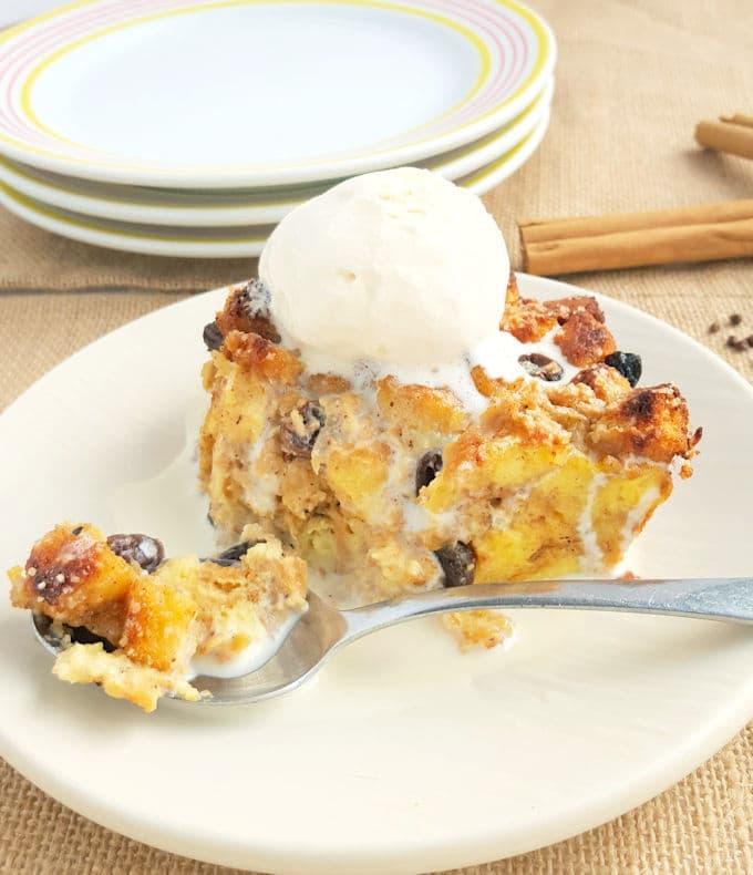 rum raisin bread pudding