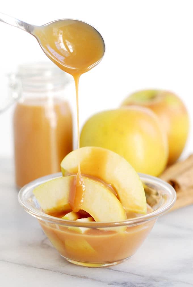 cajeta with apples