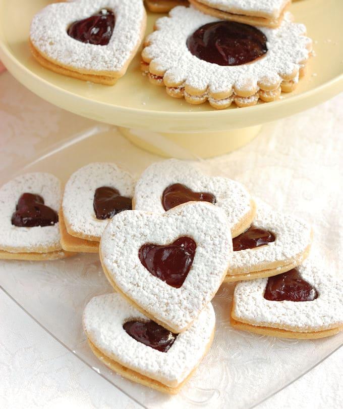 Raspberry Linzer Cookies - Baking Sense