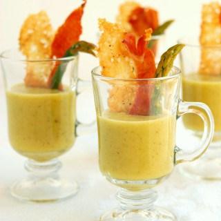 Asparagus soup with parmesan & prosciutto crisps