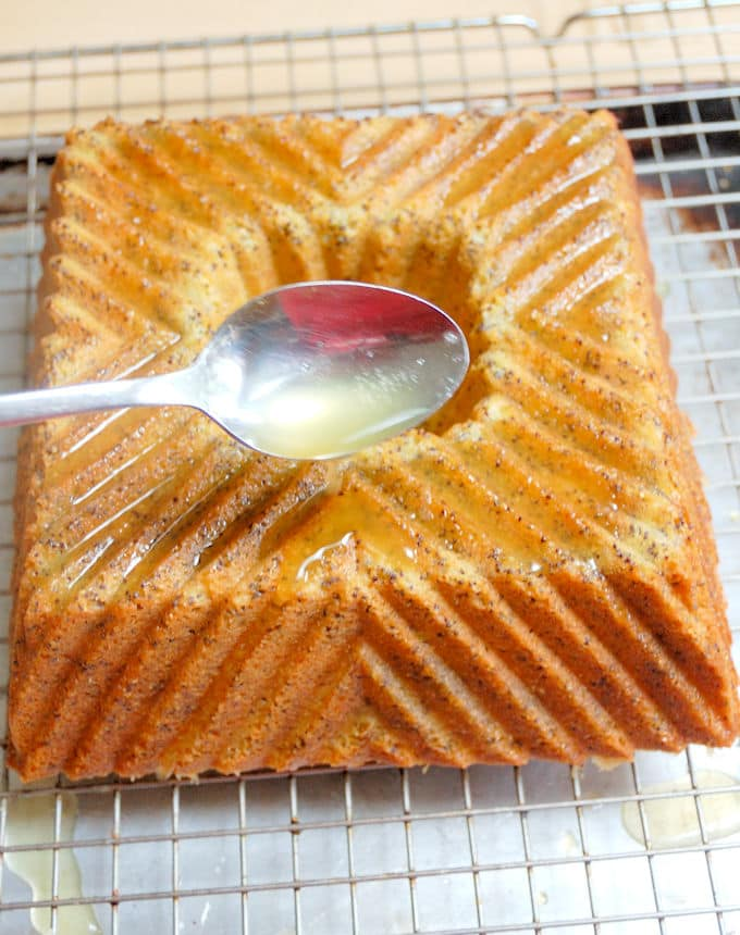 triple citrus poppy seed cake 6a