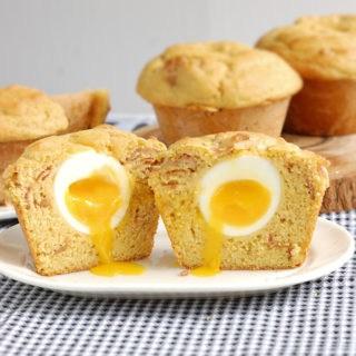 bacon egg muffin 9a.