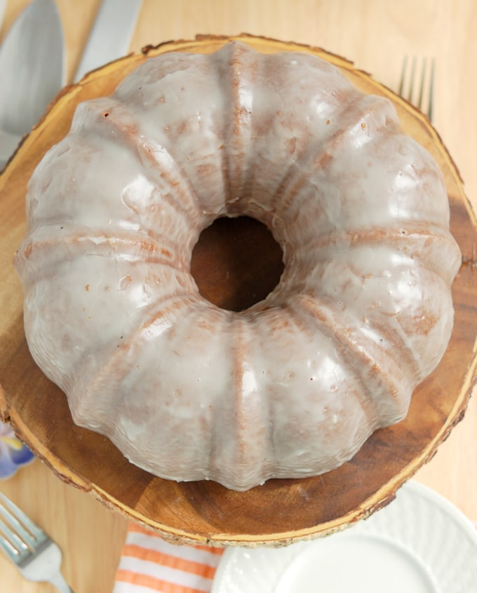 buttermilk bundt cake with buttermilk glaze 7a