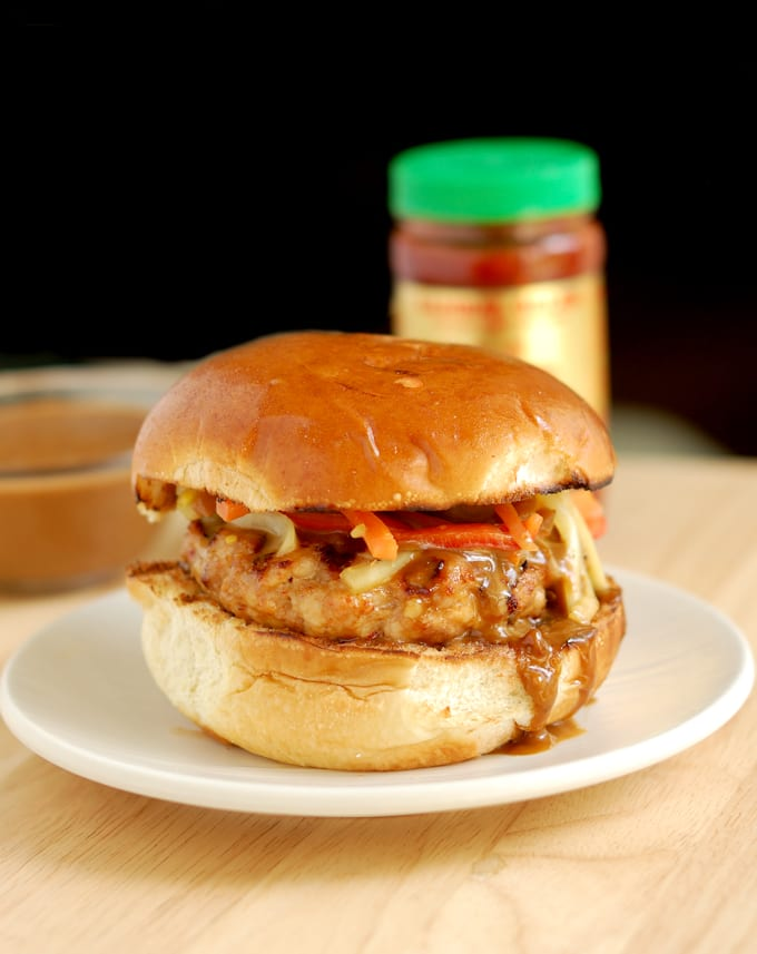 chicken satay burger with peanut sauce 2a