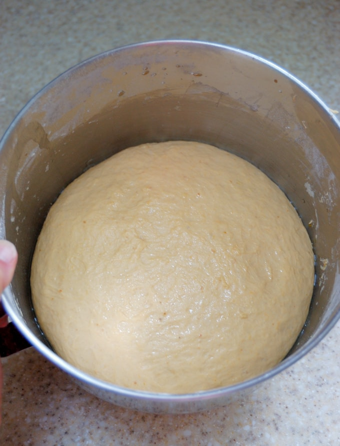 dough for pumpkin spice ale soft pretzels