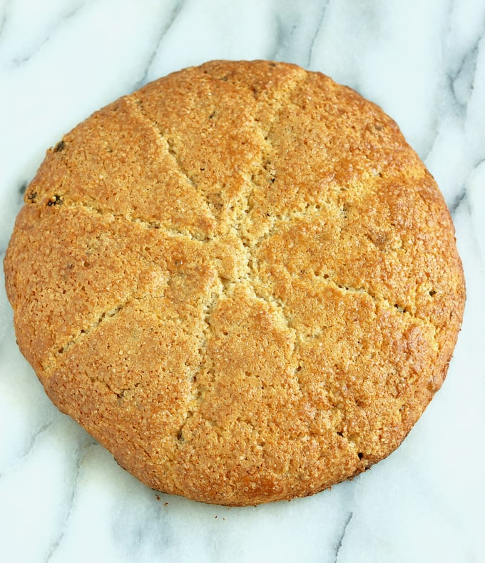 date & spice scones-ready to cut