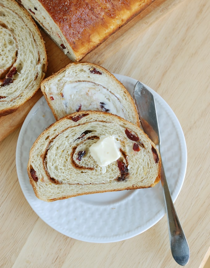 mashed potato craisin bread with butter