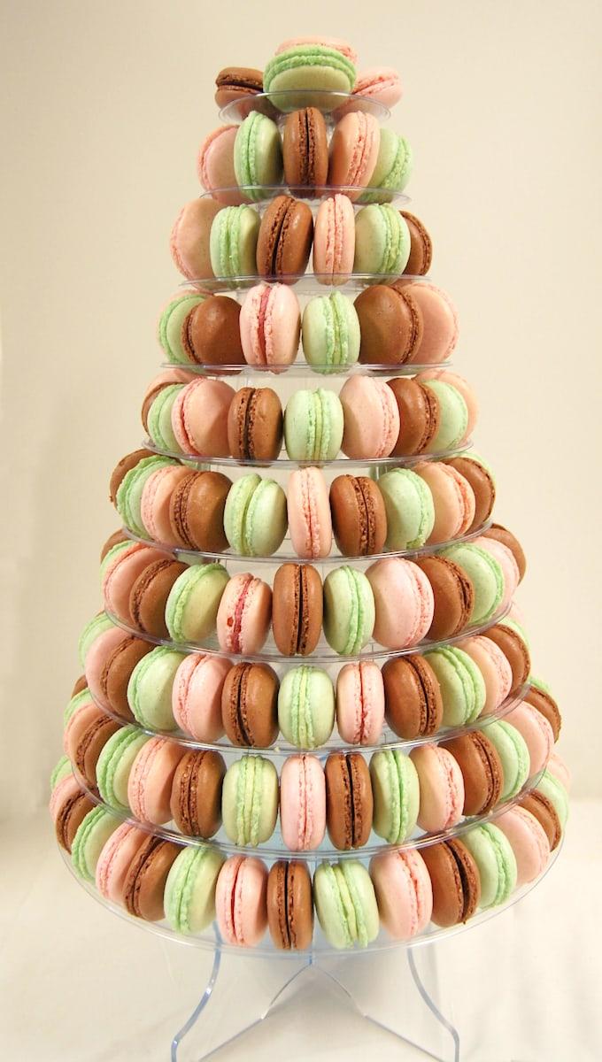 french-macaron-display