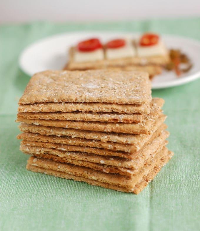 oatmeal knackebrod - oatmeal crispbread