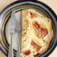 Savory Dutch Pancakes - Spekpannenkoek