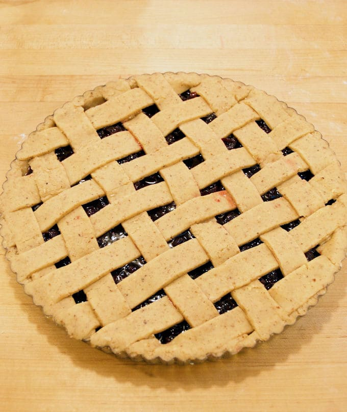 How to make a Cranberry Linzer Tart