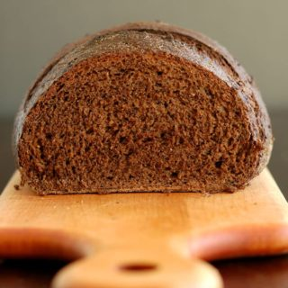 Sourdough Pumpernickel Bread – The Perfect Sandwich Loaf