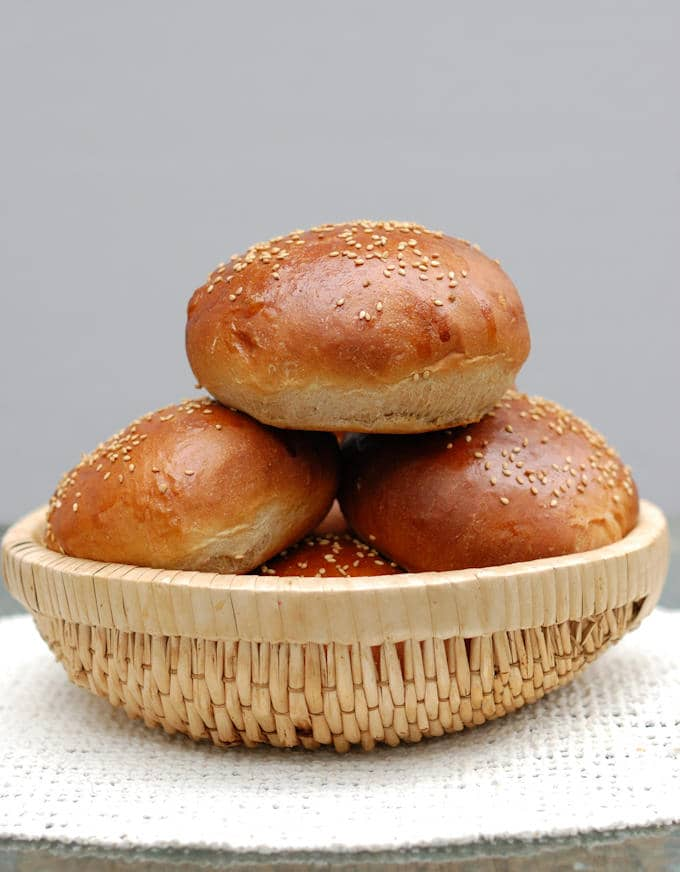 milk & honey whole wheat burger buns