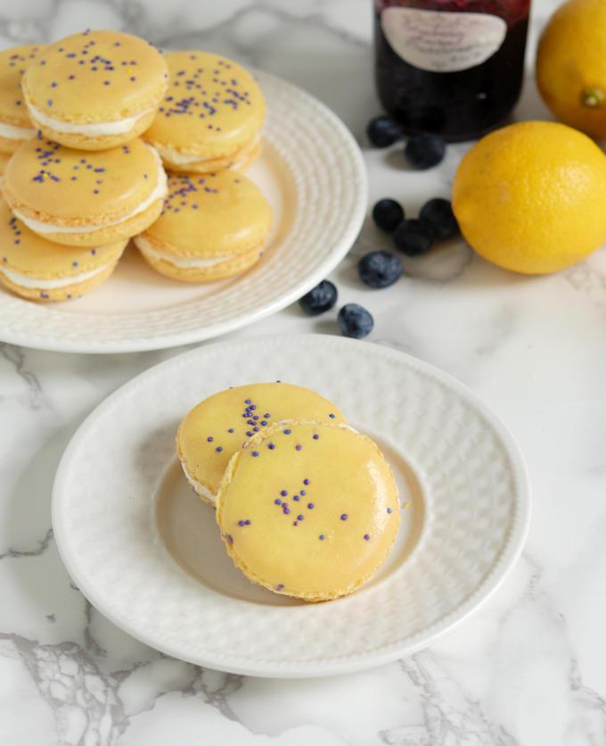 lemon blueberry macarons
