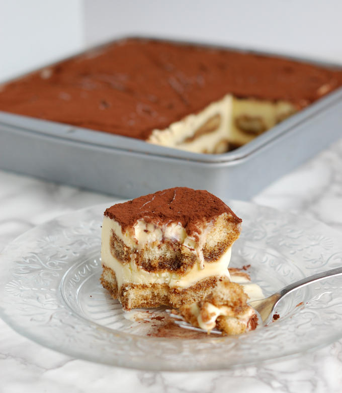 frozen tiramisu ice cream cake