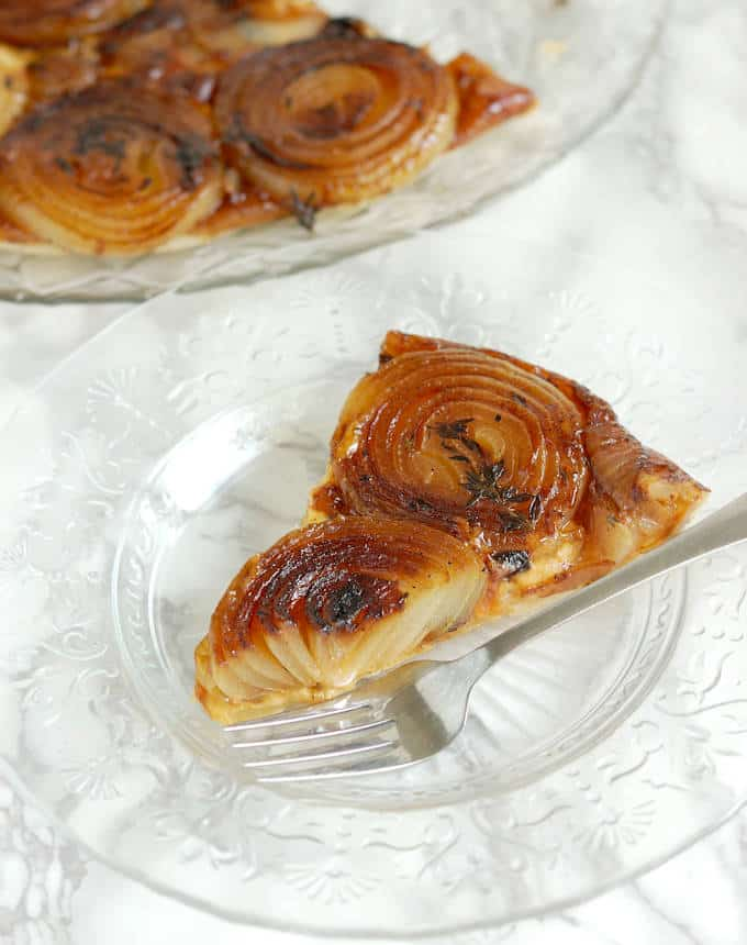 french onion tarte tatin