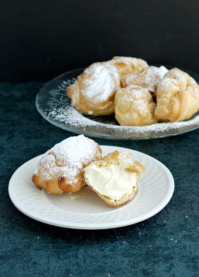 cream puffs made from pate a choux