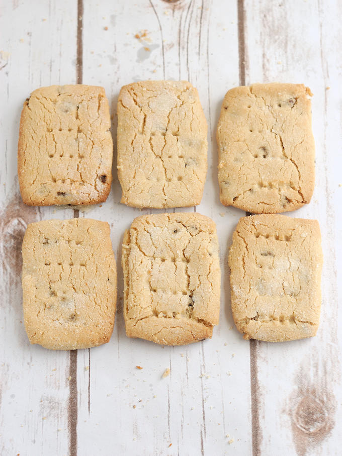 tahini shortbread with chopped dates