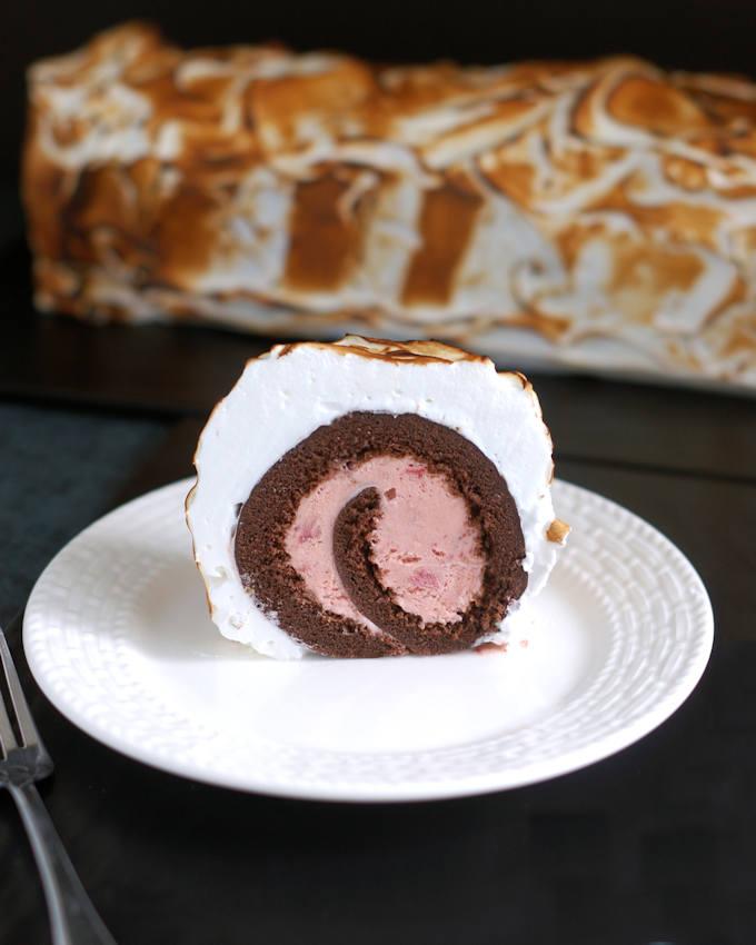 baked alaska cake roll