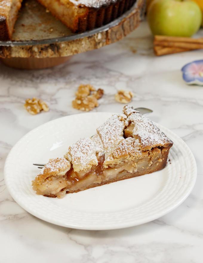 side view of apple walnut linzer tart