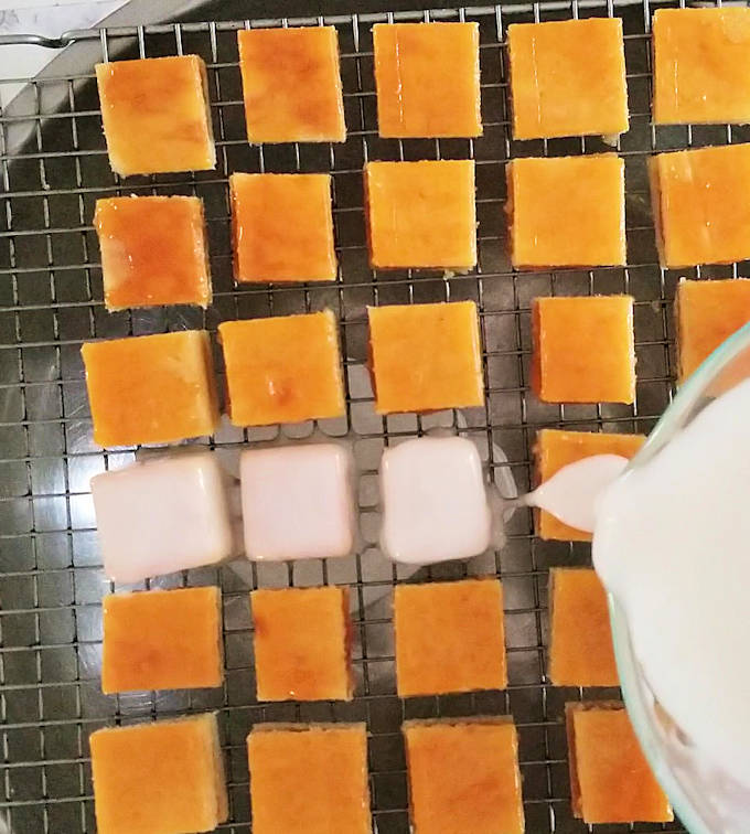 how to make fondant icing for petit fours