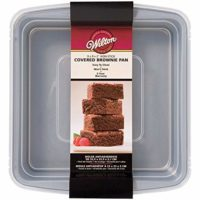 Wilton Square Brownie Pan with Lid 9 x 9