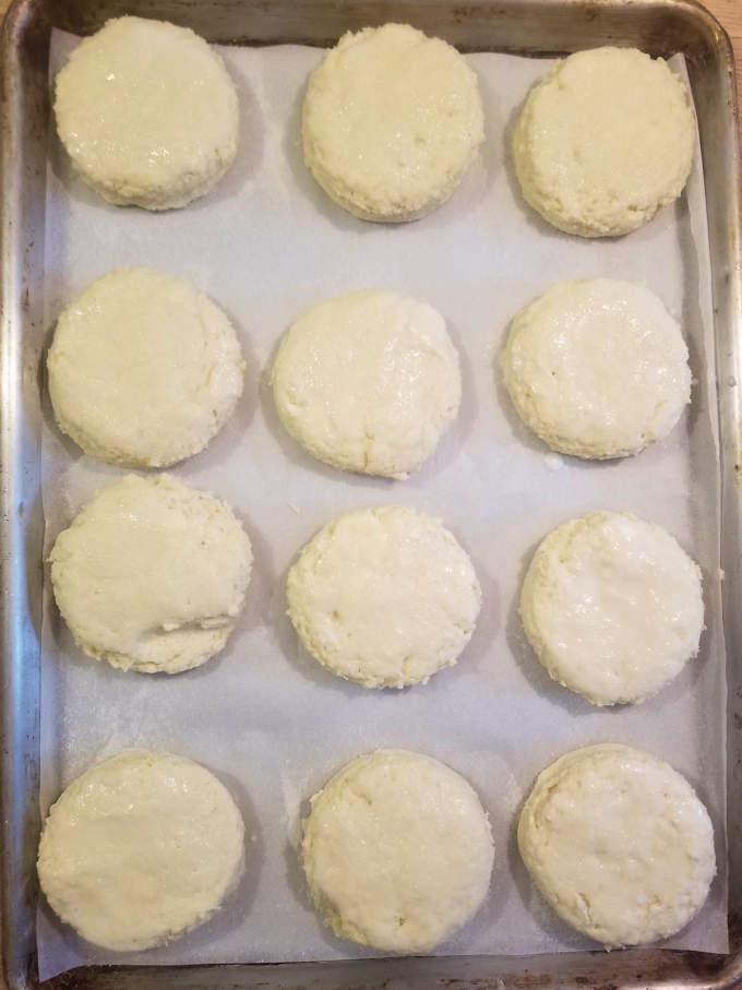 a tray of unbaked shortcake biscuits ready for the oven
