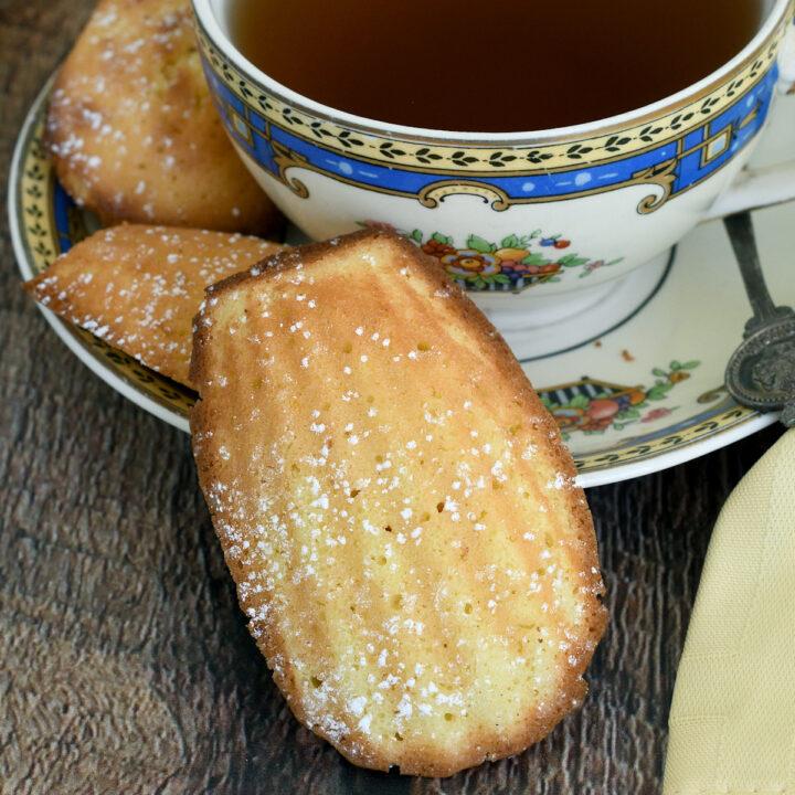 French Madeleines (Lemon Madeleines)